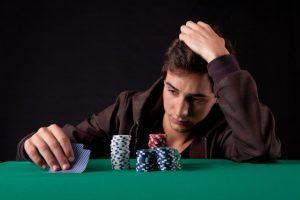 Pentingnya mengontrol emosi dalam poker